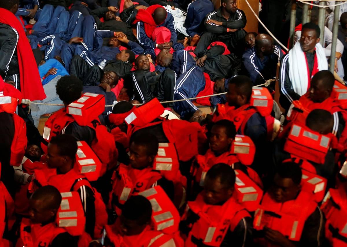 """La Caritas con il Papa sui migranti: """"Non sono una minaccia"""""""