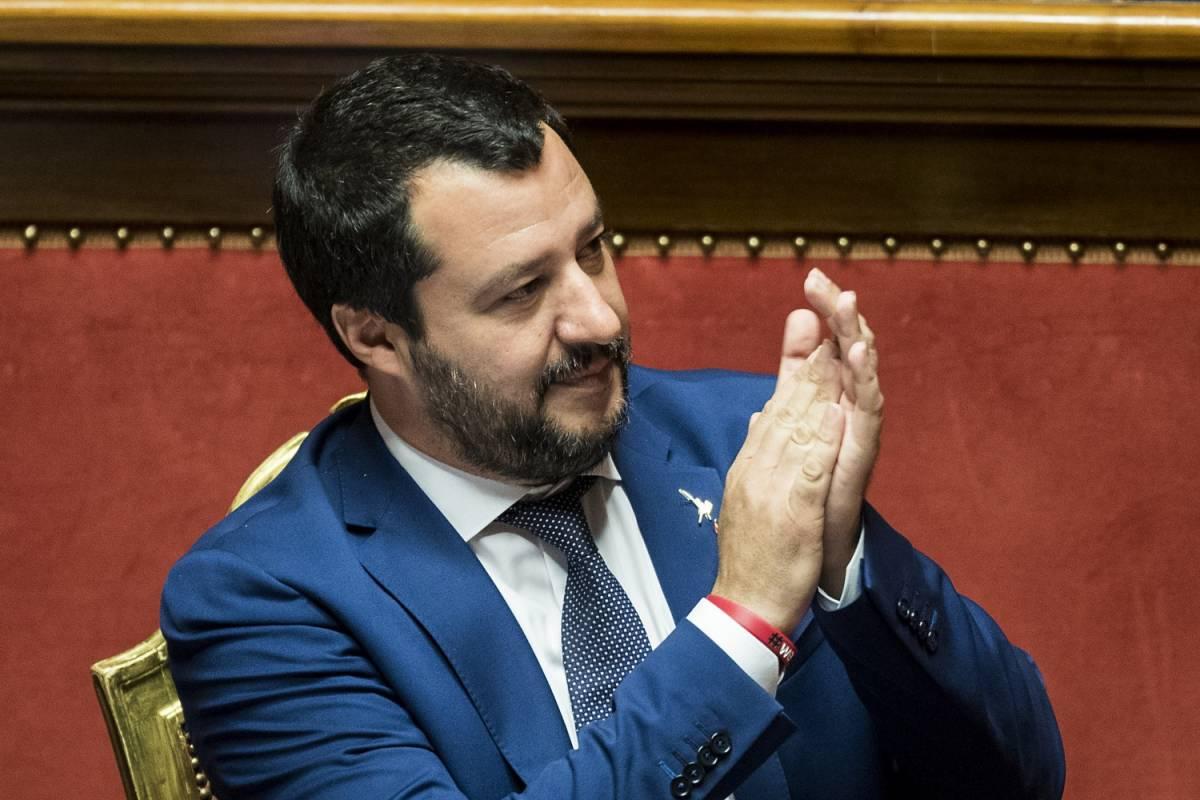 """Salvini: """"Il nemico non è Putin ma l'estremismo islamico"""""""