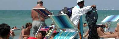 Spiagge sicure: Brindisi quattro ambulanti multati, due immigrati