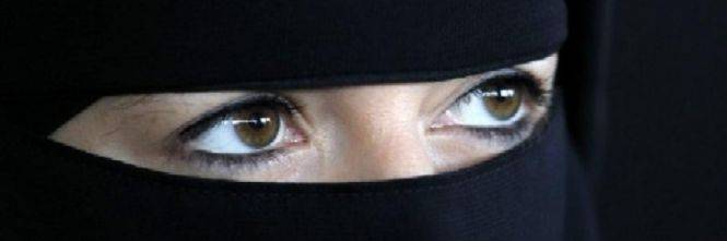 Prima multa in Danimarca per l'utilizzo in pubblico del niqab