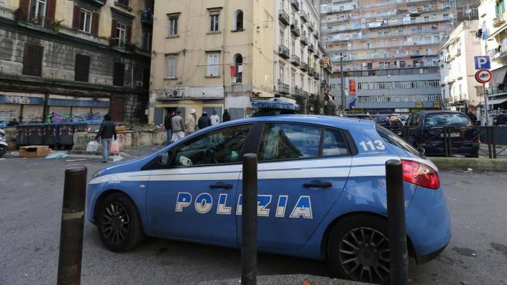 Napoli, al Vasto la situazione non cambia: ancora risse tra migranti