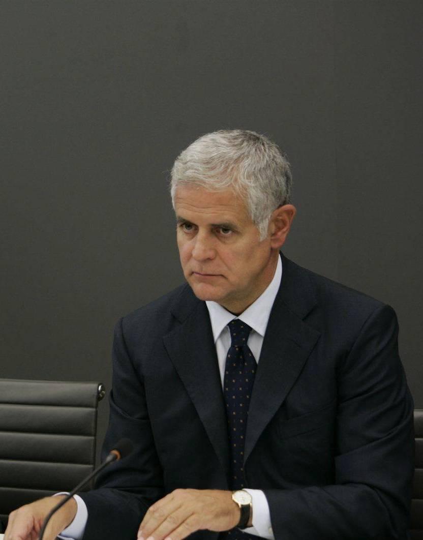 Cassazione, Formigoni condannato a 5 anni e 10 mesi