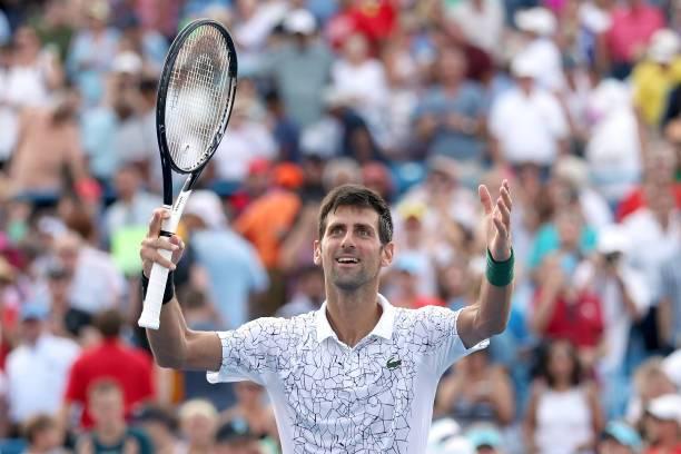 Tennis, Djokovic supera Federer e vince il torneo di Cincinnati