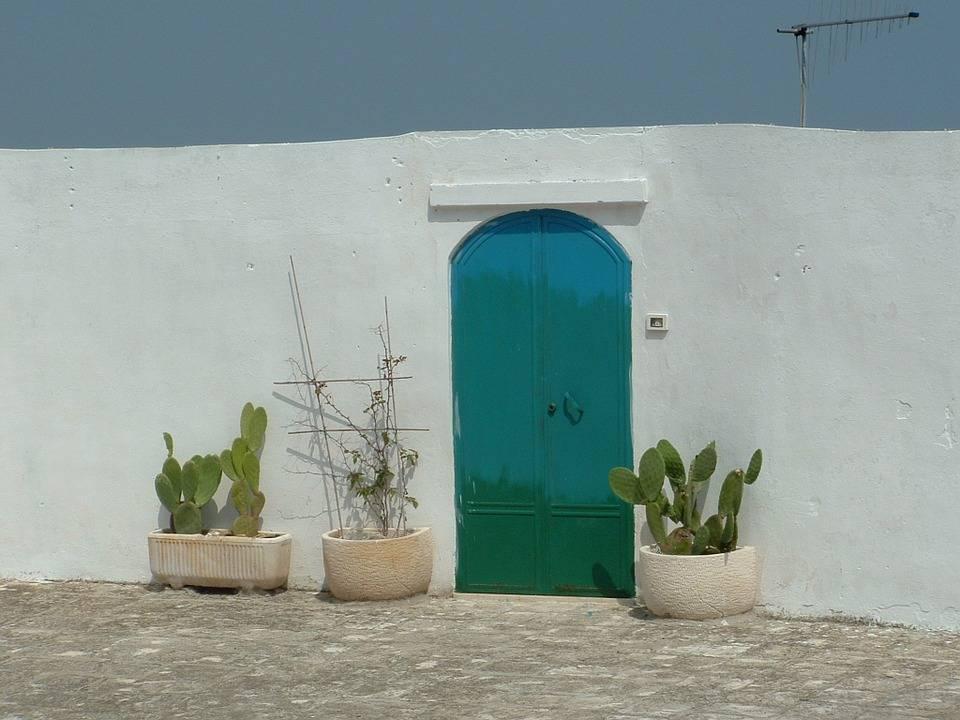 Coppia toscana truffata in vacanza: la casa non esiste