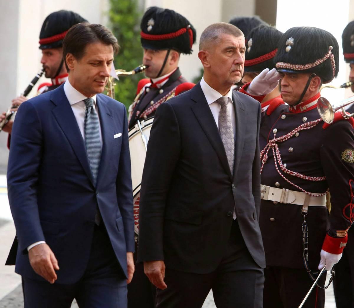 """Ma il ceco Babis si fa beffe di Conte Da Praga un """"no"""" ai ricollocamenti"""