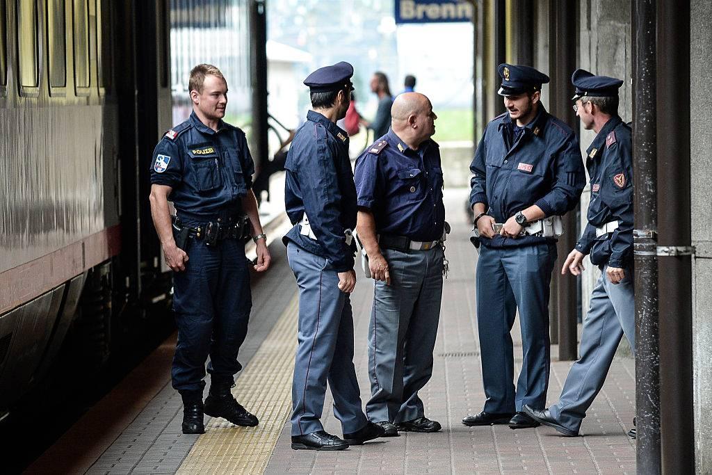 Frosinone, migrante trovato con la droga in stazione: denunciato