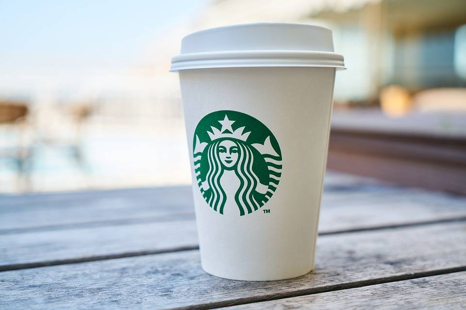 """Il Codacons denuncia: """"I prezzi di Starbucks sono troppo alti"""""""