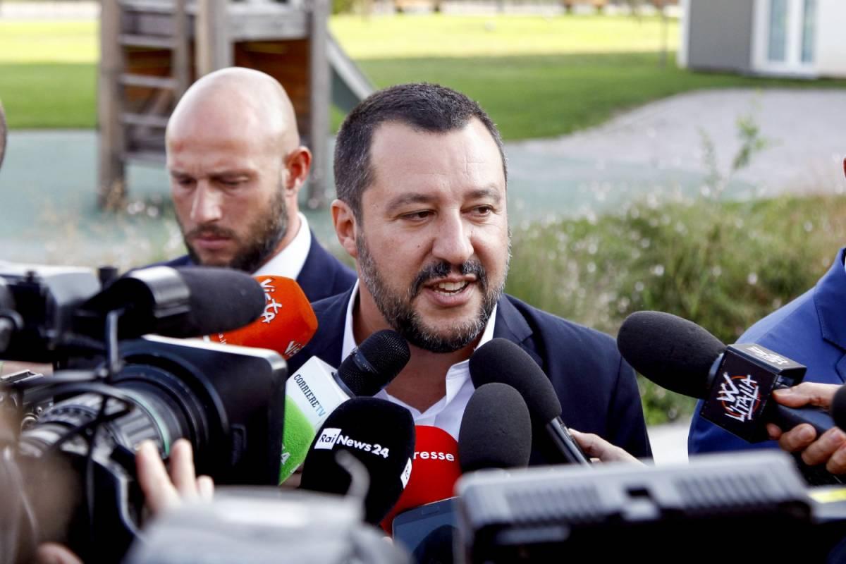 """Migranti, Salvini sfida l'Onu: """"Taglieremo i finanziamenti"""""""