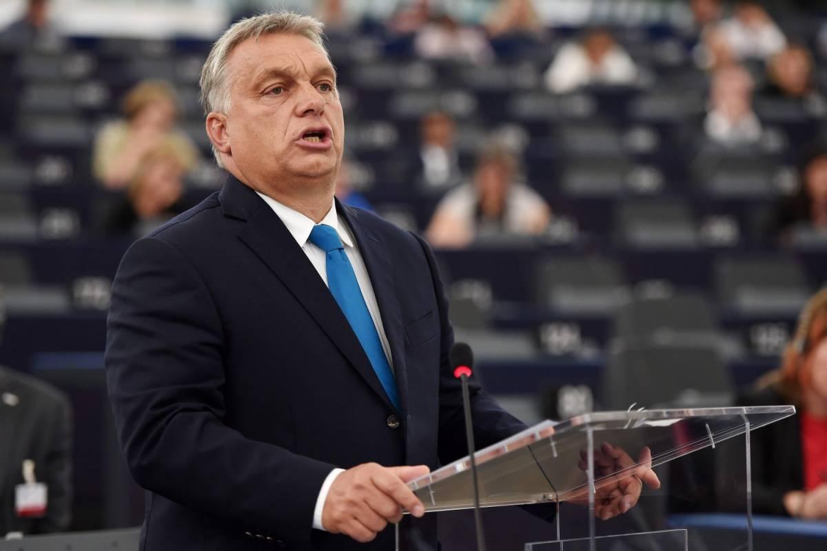 """L'Europa condanna Orban: """"Sì a sanzioni per l'Ungheria"""""""