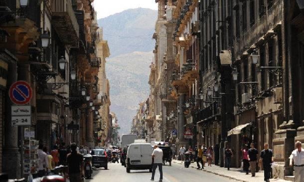 Il centro storico di Palermo visto da via Maqueda