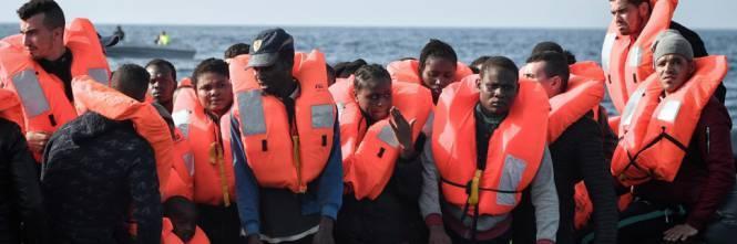 Migranti, Salvini blocca Merkel: in Italia vuole scaricarne 40mila