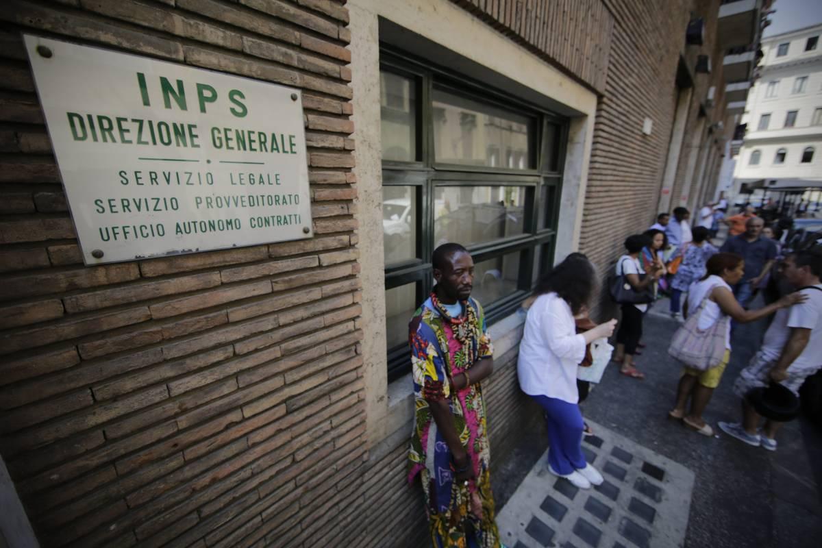 La truffa milionaria all'Inps nella capitale del sussidio M5s