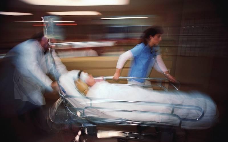 Orrore sulla compagna incinta: le botte a pochi giorni dal parto