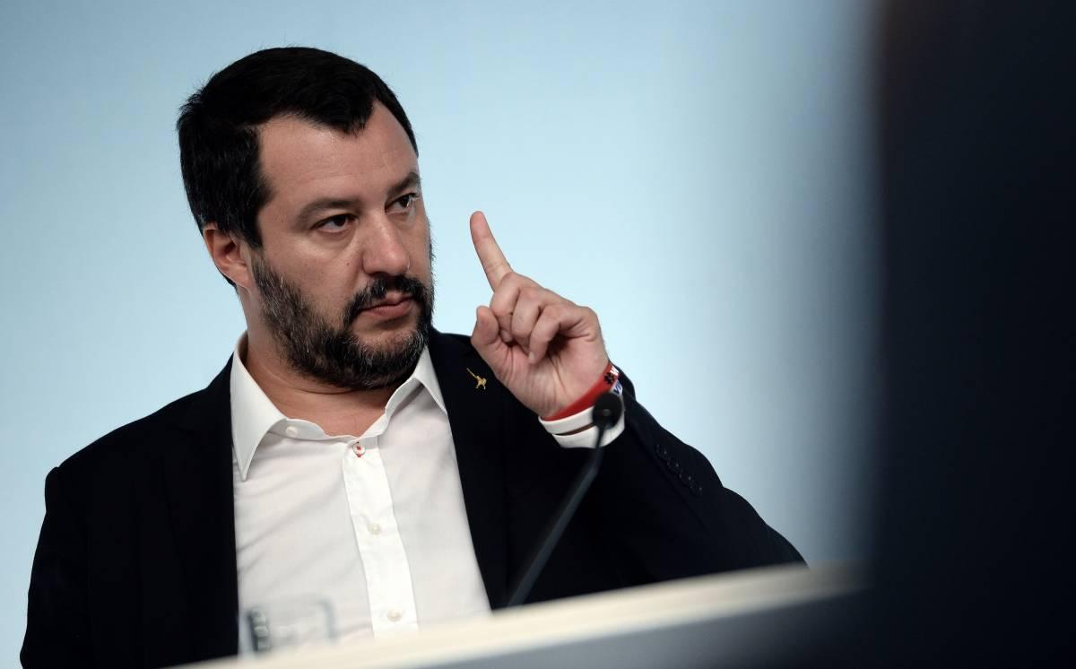 """Salvini sul derby: """"Il Milan? Ha giocato alla Monti con Fornero in porta"""""""
