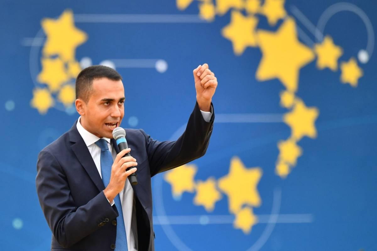 Gli italiani bocciano Di Maio. Per lui consensi in picchiata