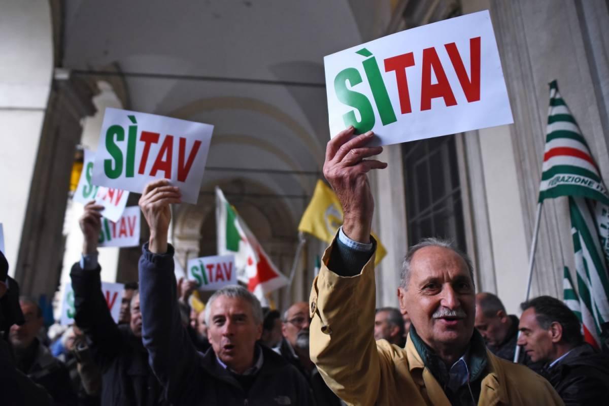 """Tav, la Lega in piazza per il sì. M5S: """"Così il governo non va"""""""