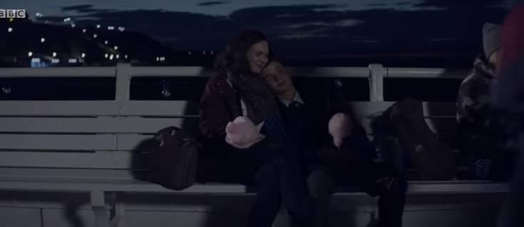 'Trova tempo per chi ami': le mamme criticano lo spot natalizio della Bbc