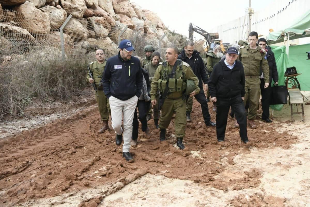 """Hezbollah terroristi islamici"". Salvini fa infuriare la Difesa"