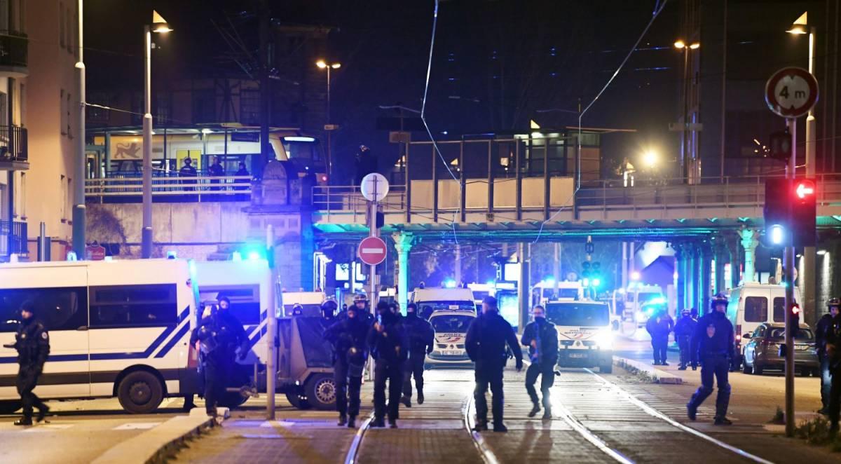Strasburgo, ucciso il terrorista Cherif Chekkat. L'Isis rivendica l'attentato