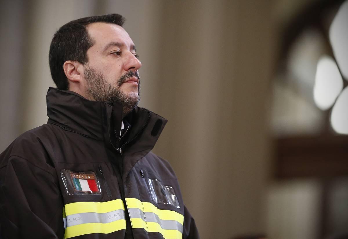 """La lettera di Salvini ai terremotati: """"Non smetto di pensare a voi"""""""