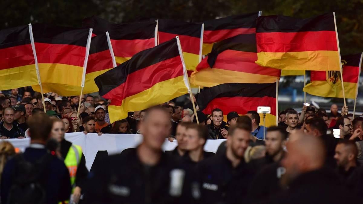 """Germania, Dresda proclama """"Stato di emergenza nazismo"""""""