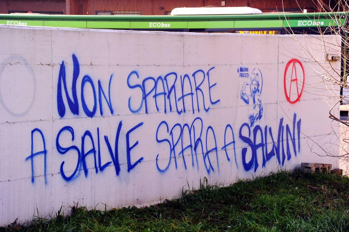 Scritta choc contro Salvini, la condanna è bipartisan