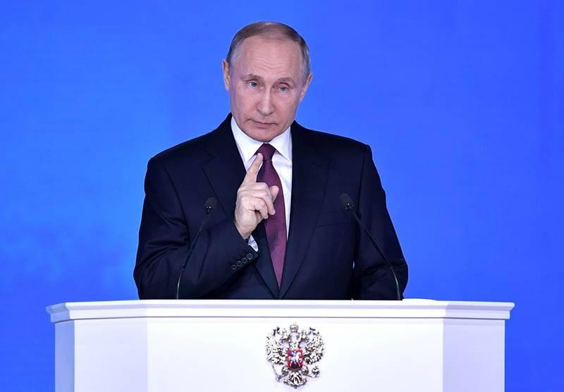 """Mosca-Washington, Putin alza la voce: """"Punteremo le armi contro gli Stati Uniti"""""""