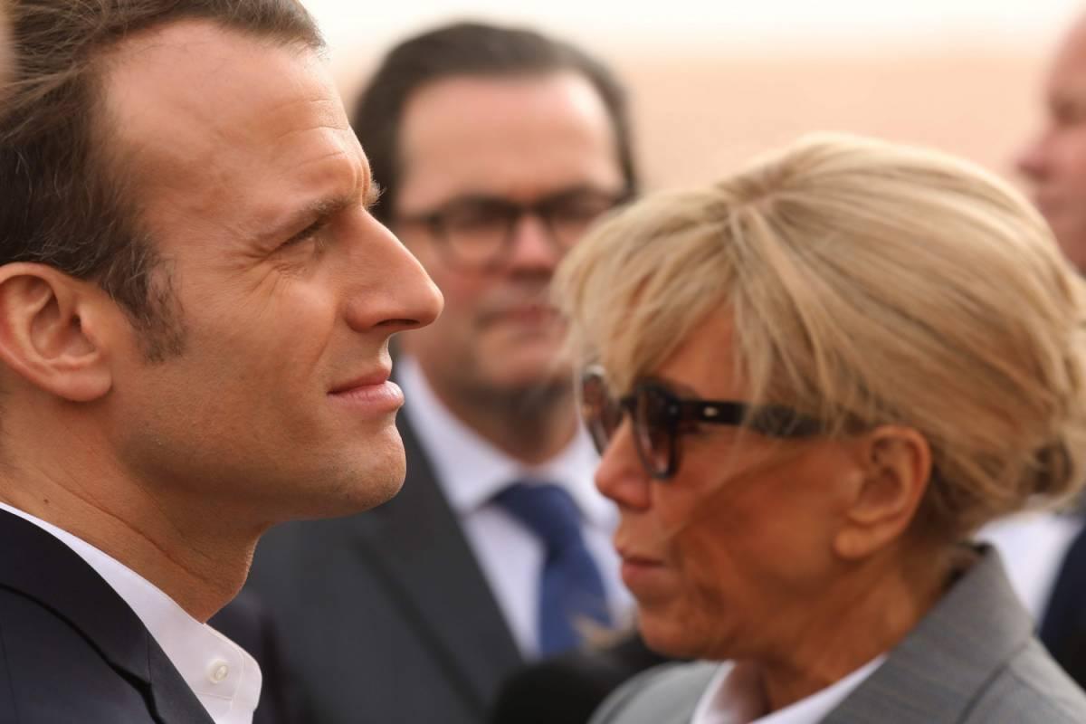 Lady Macron e la noia con l'ex marito. Tutto su Brigitte in un libro-ritratto