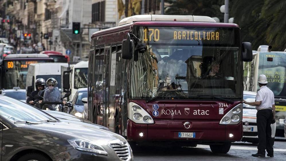 Roma, seconda città al mondo per ore perse al volante e decima per traffico