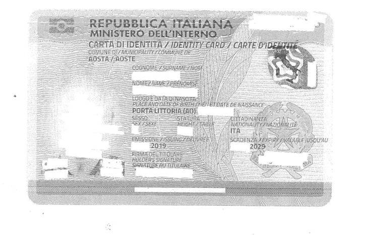 Aosta, sulla carta d'identità spunta il luogo di nascita col vecchio nome fascista