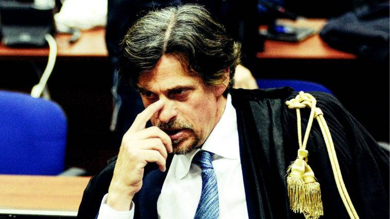 No alla ricusazione del giudice. Schiaffo al magistrato anti Salvini