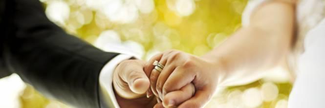 Ragazzo sposa la madre del suo migliore amico