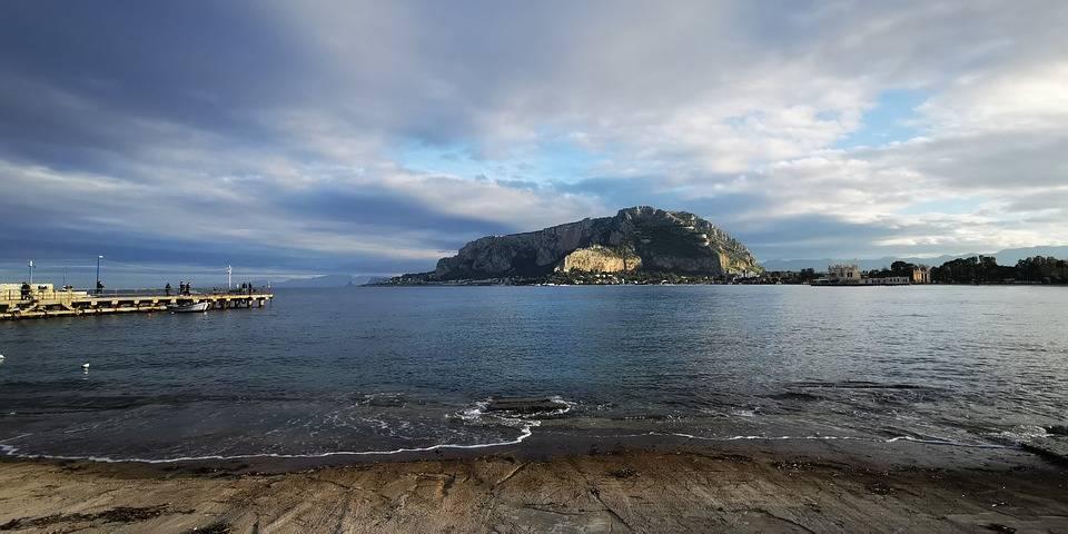 Palermo, la capitale dei rendering impossibili