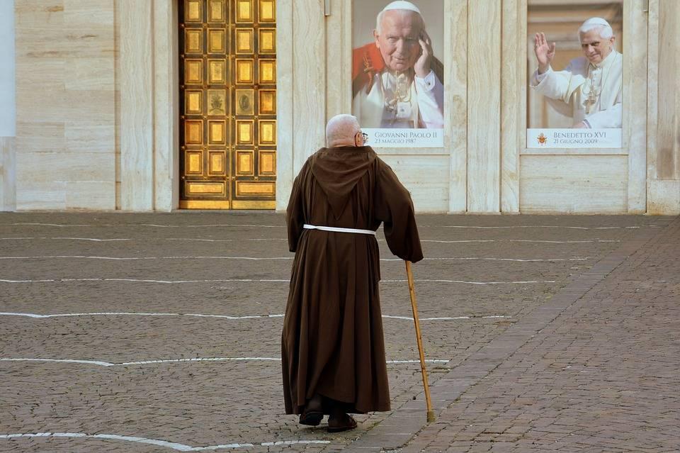 Firenze, ladri nel convento durante la preghiera dei frati