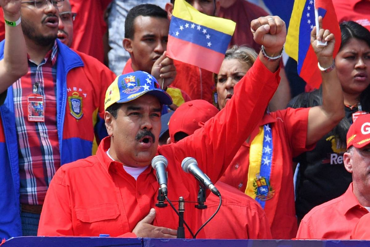 Venezuela, Maduro destituisce Guaidò da presidente Parlamento