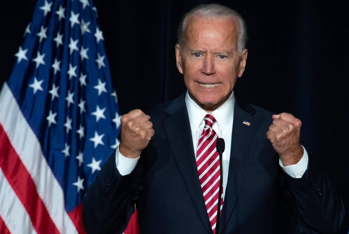 """Biden e la sfida per fermare Donald: """"È in gioco l'anima dell'America"""""""