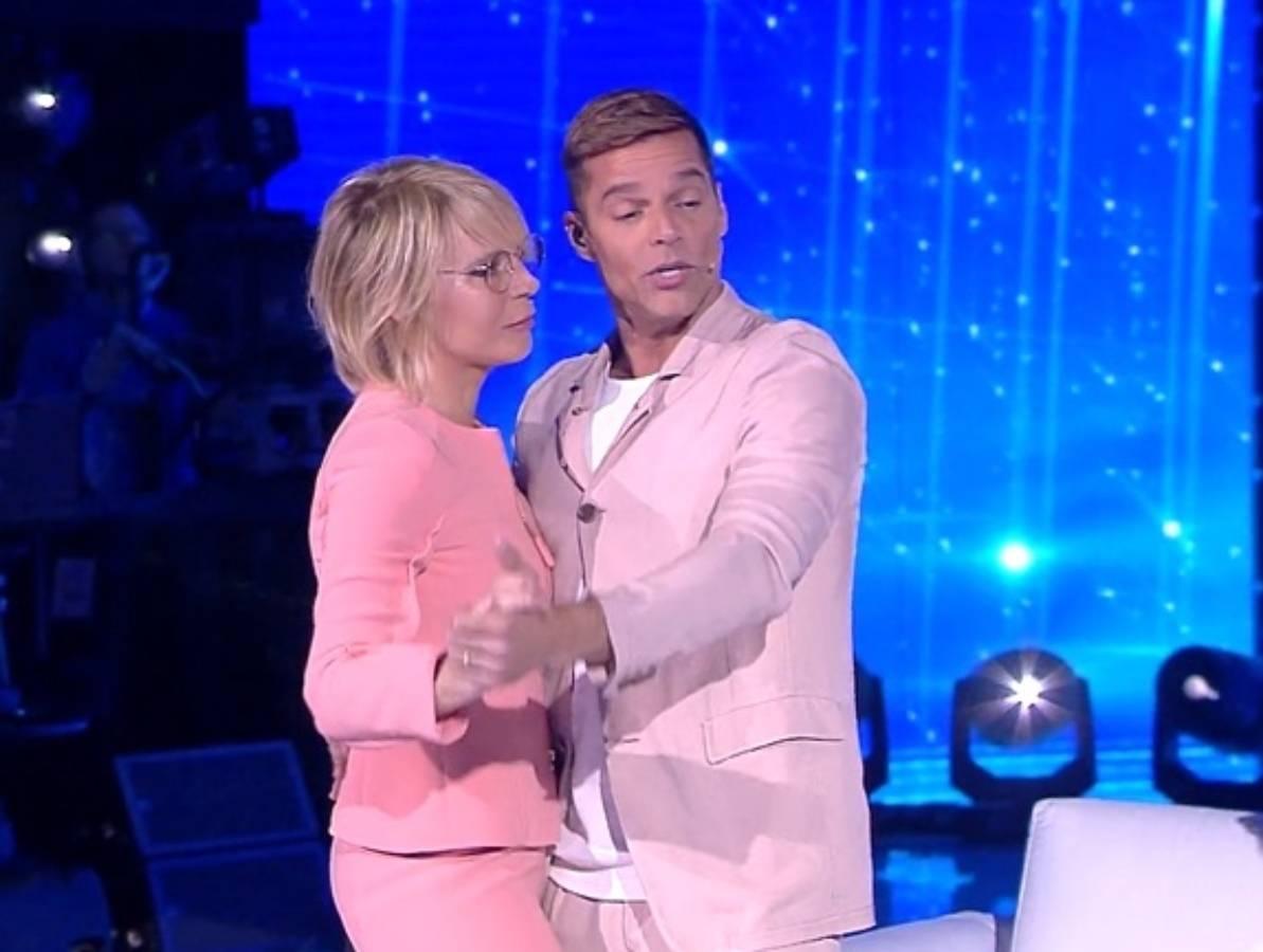 """Ricky Martin attende il quarto figlio da una madre surrogata: """"Sono in dolce attesa"""""""