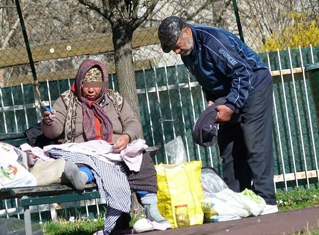 Nessuno vuole affittare ai rom. E il campo nomadi resta aperto