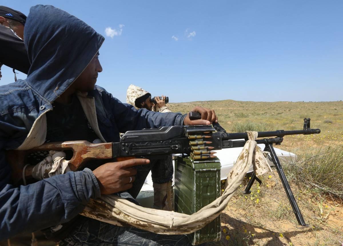"""Libia, 300 morti E le tribù di Cirenaica: """"Via gli italiani"""""""
