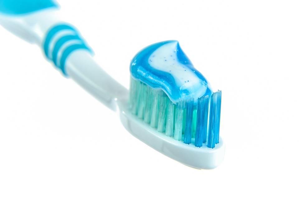 Bambina negli Stati Uniti muore dopo essersi lavata i denti
