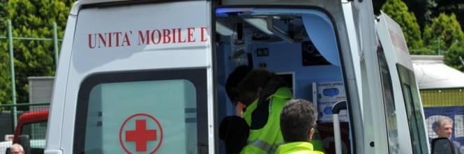 Galatina, camionista reagisce alla rapina: ferito al capo