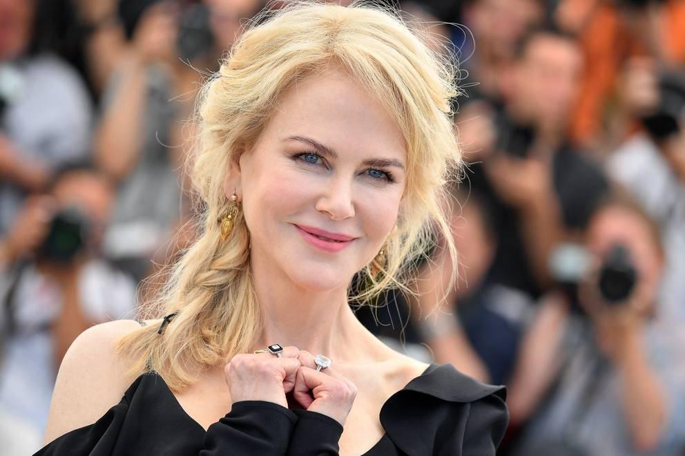 """""""I miei figli? Li cresco con l'aiuto della fede in Dio."""" Nicole Kidman sul ruolo di attrice e mamma"""