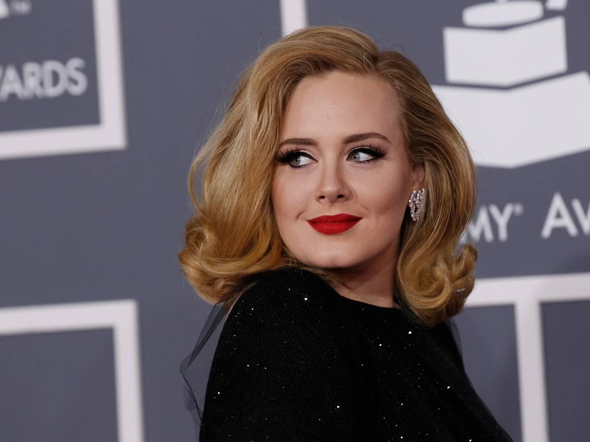 """""""Il successo ha fatto andare a pezzi la loro relazione."""" Il manager di Adele sul divorzio con Simon Konecki"""
