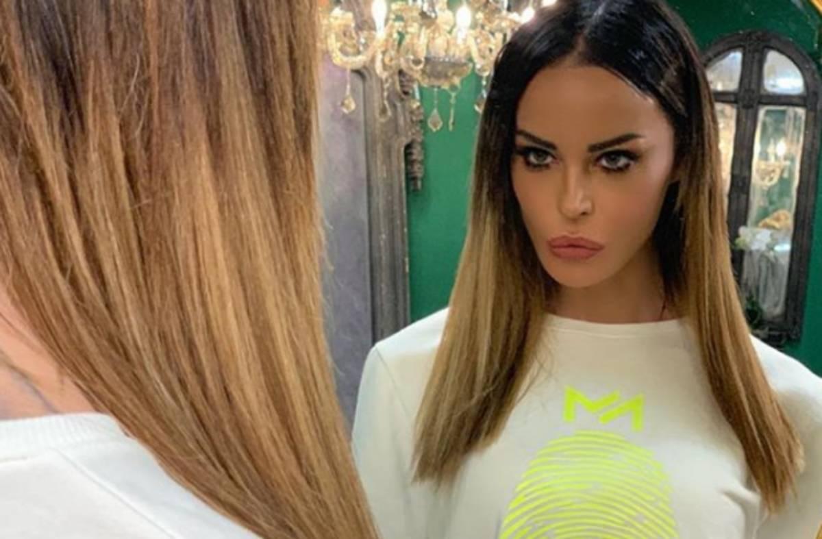 """Nina Moric furiosa: """"Non sono ricorsa alla chirurgia plastica"""""""