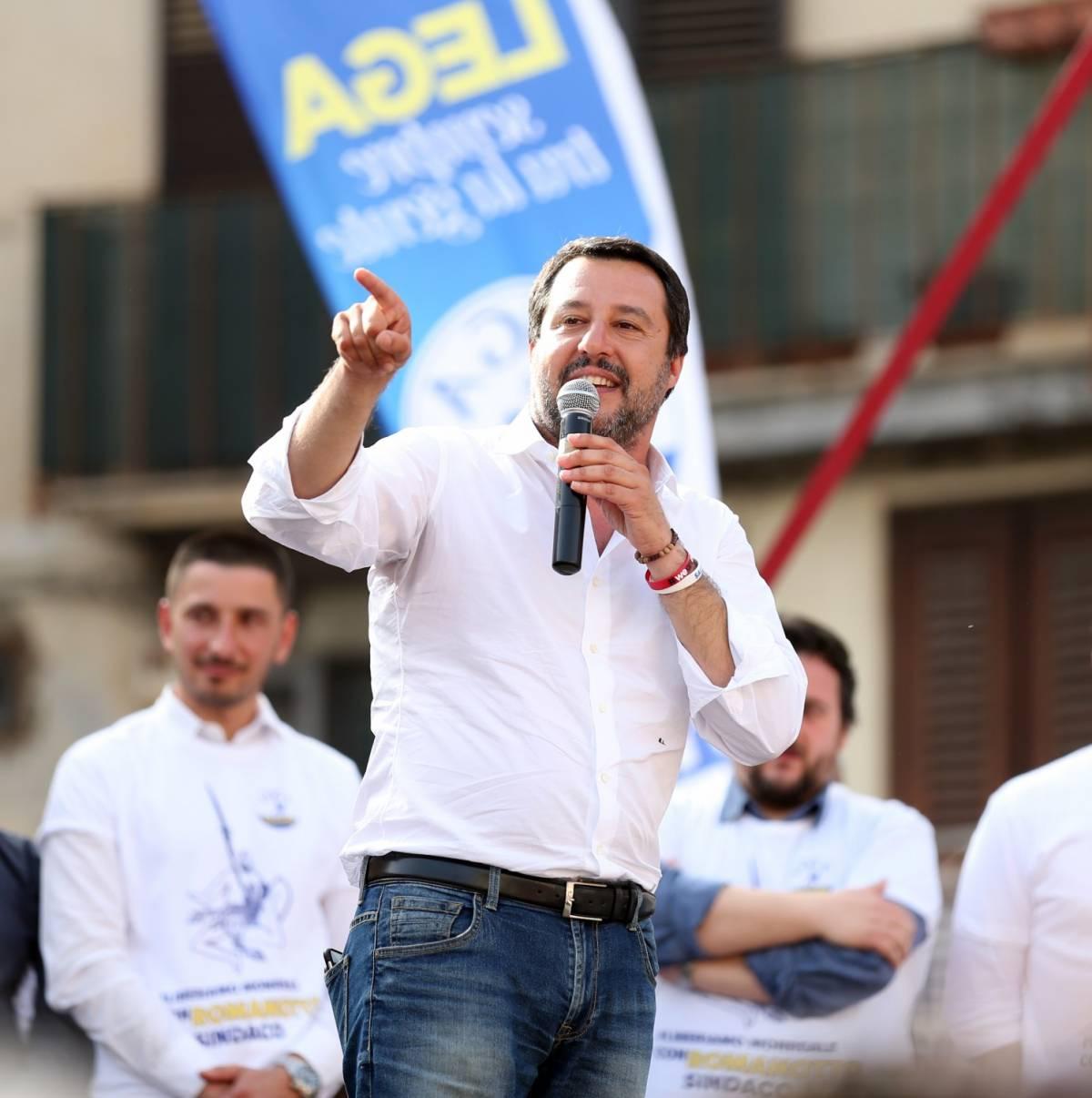 """Casapound, Salvini sulla violenza: """"Castrazione chimica"""""""