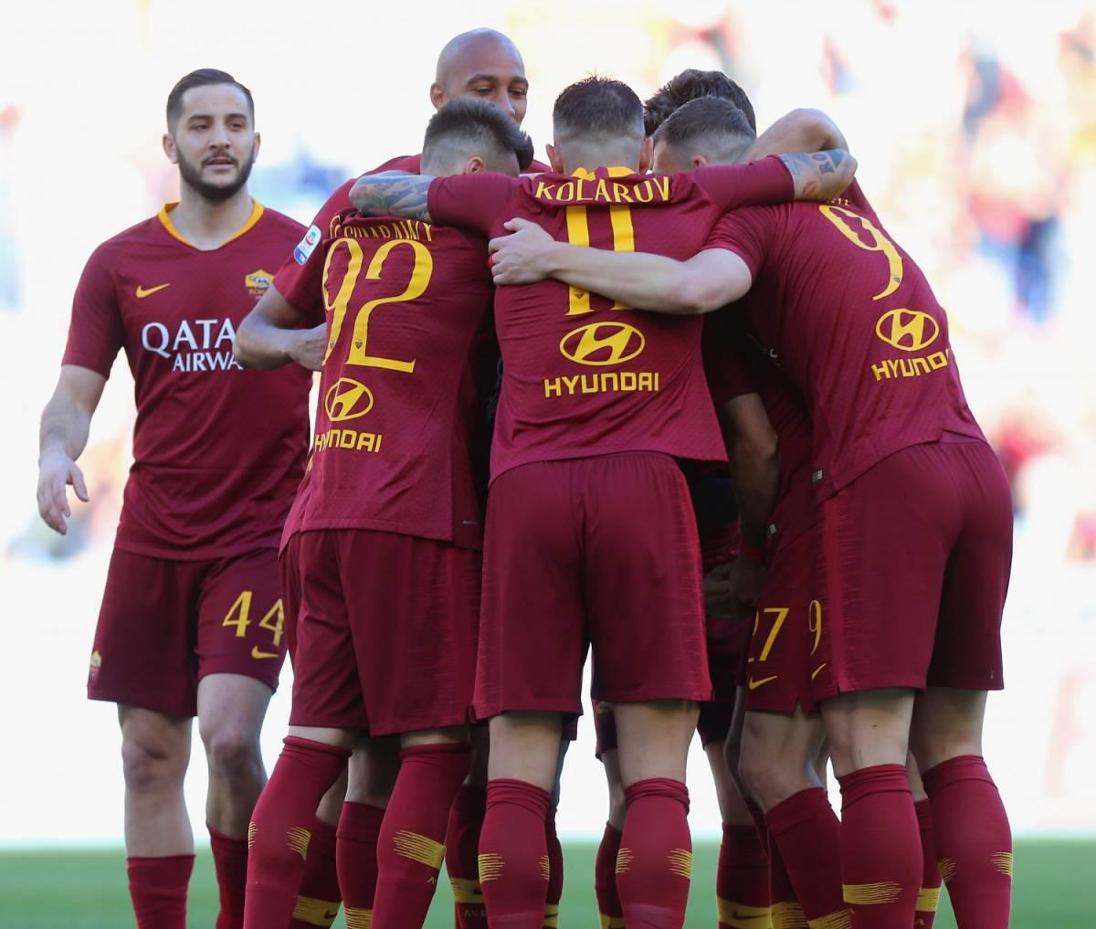 La Roma cala il tris contro il Cagliari: 3-0 e quarto posto raggiunto