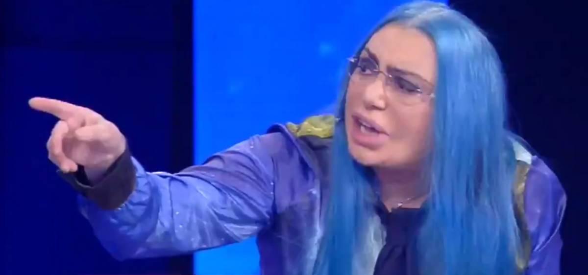"Amici, furia Loredana Bertè: ""Non me ne frega un ca**o!"""