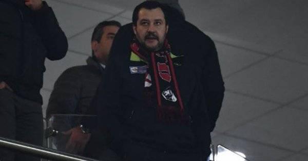 Milan, Salvini attacca squadra e società: ''Vergogna, fate giocare la primavera''