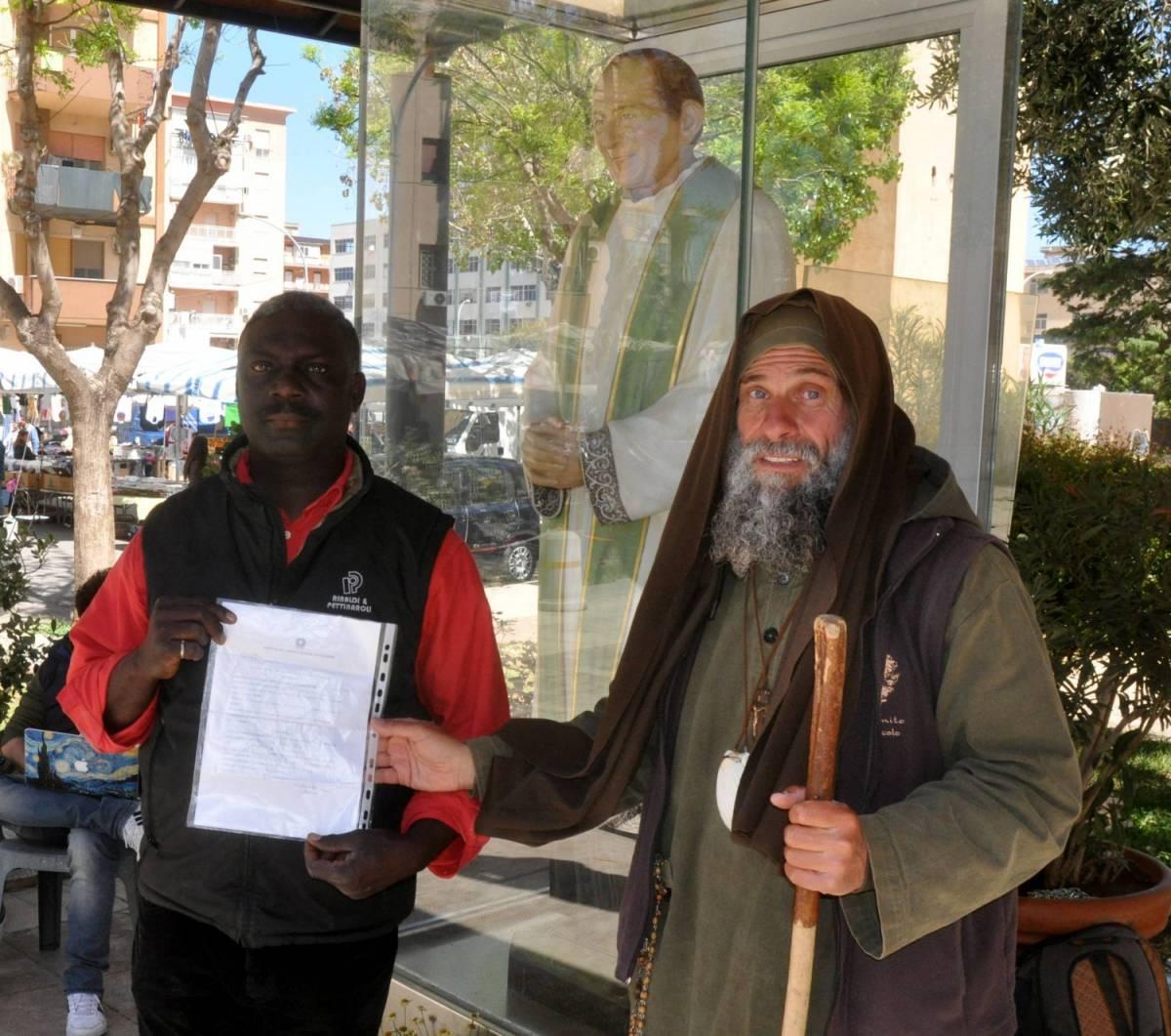 Da diciassette anni in Italia, ma rischia l'espulsione. Il frate missionario Biagio Conte inizia il digiuno