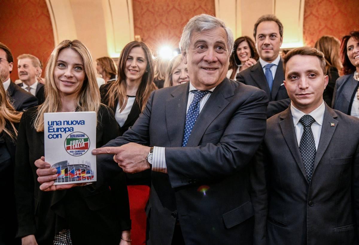 """Elezioni europee, Tajani: """"La destra abbandoni posizioni estremiste"""""""